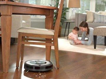iRobot Roomba 680 Saugroboter Bild