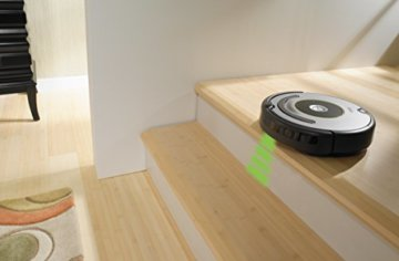 iRobot Roomba 615 Saugroboter Holzboden